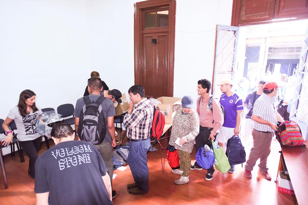 Fundación Gente de la Calle recibió jeans luego de la campaña de reciclaje que benefició a personas en situación de calle
